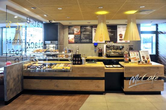 McDonalds Saint Marcel lès Valence 2.jpg