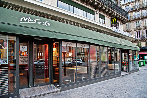 bienvenue dans votre restaurant mcdonald 39 s paris gare du nord. Black Bedroom Furniture Sets. Home Design Ideas