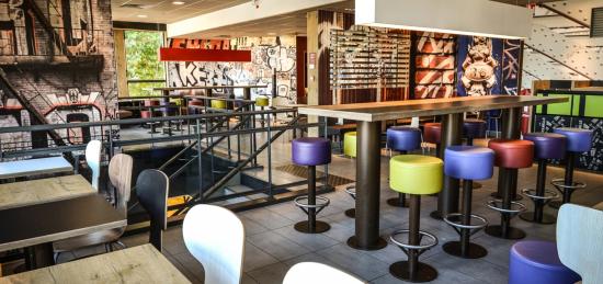 restaurant-mcdonalds-Mont-Riboudet-21-sur-41-mgipdripp82kmpyo0ild3wv8gz8nf7gaw6cz96ajc4.jpg