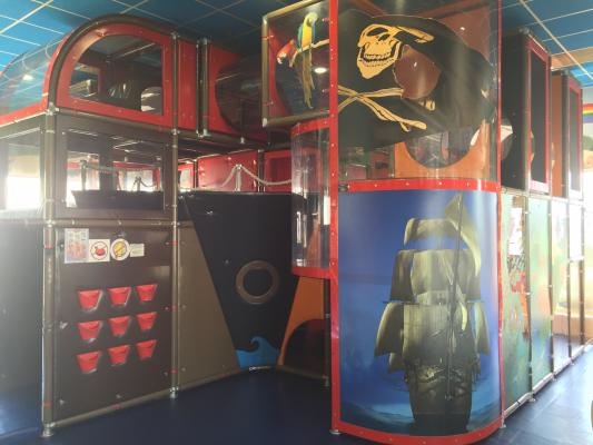 McDonald's Cernay - Aire de jeux - Espace enfants.JPG