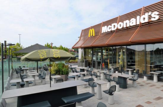 mcdonalds_beaufort_terrasse.jpg