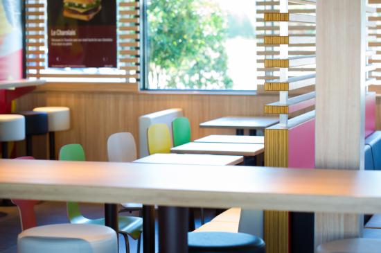 McDonald's SANCE salle.png